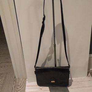 Crossbody bag by Grinta 🌺🌺